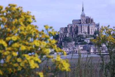 /images/travel/2017/Mont.Saint.Michel.thumbnail.jpg